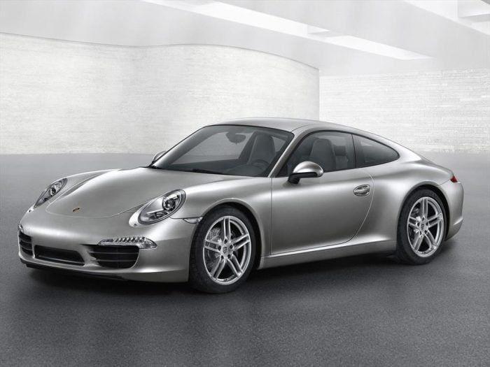 Porsche 911 Turbo S Cabrio $550.000 dólares Porsche 911 Turbo S $515.000 dólares Porsche 911 Turbo Cabrio $470.000 dólares Porsche 911 Turbo $440.000 dólares