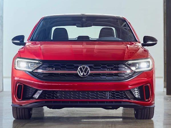 VW Vento GLI 2022 Rojo de Frente